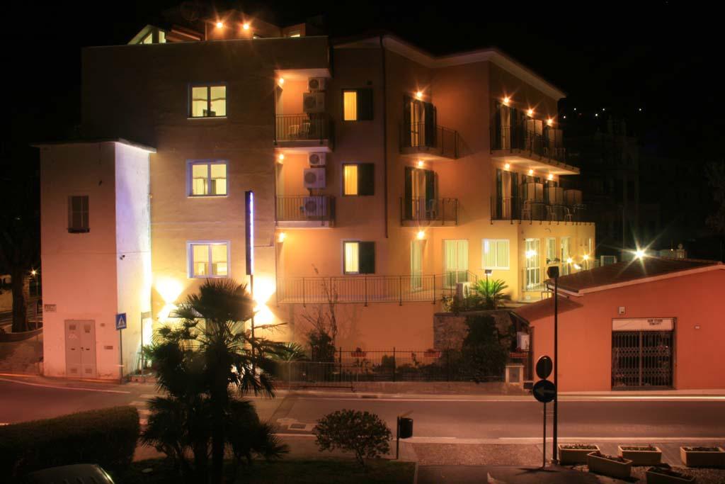 Hotel Villa Ada Borgio